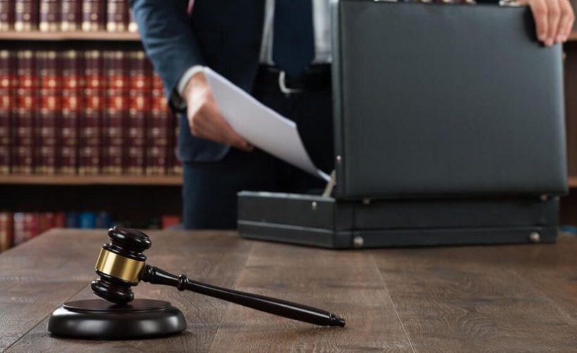 Самый преданный критик биржи Bitfinex нанял адвоката