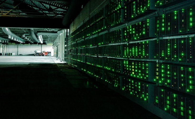 Полиция Китая конфисковала 600 компьютеров для майнинга биткоинов