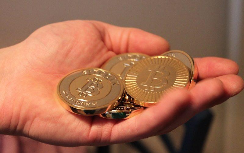 Очередные спекуляции: с биржи Coinbase переведено 18 899 BTC на неизвестный кошелёк