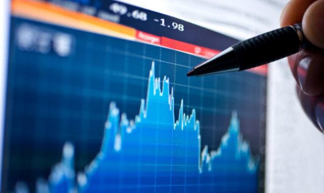 Анализ цены биткоина: число ежедневных транзакций растет, а цена — нет