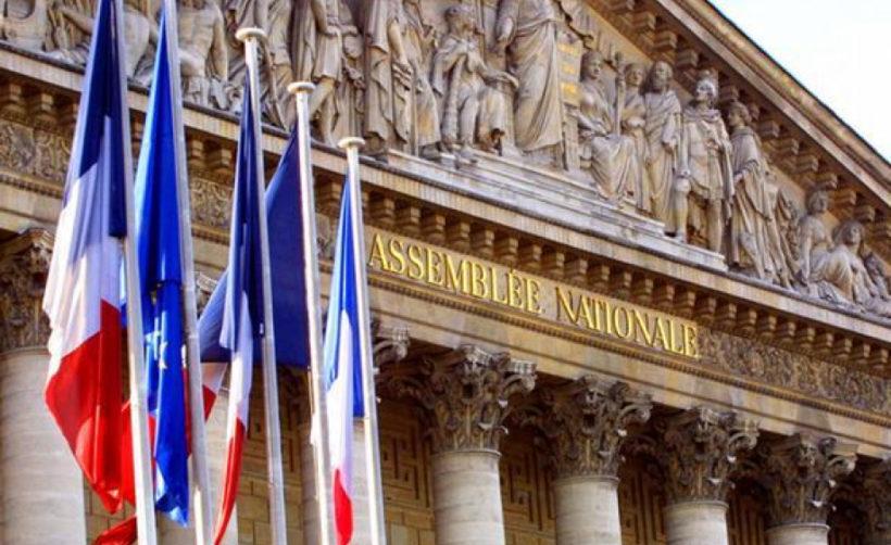 Парламент Франции планирует инвестировать до 500 млн евро в блокчейн