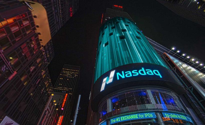Nasdaq работает с семью криптовалютными биржами