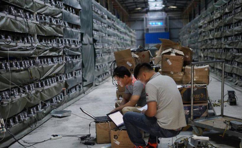 Китайцы массово скупают б/у майнеры в надежде заработать на медвежьем рынке