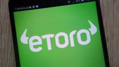 EToro запустила криптовалютную биржу и собственные стейблкоины