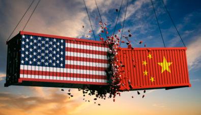 Исследование: инвесторы уходят в биткоин и золото на фоне торговой войны США и Китая