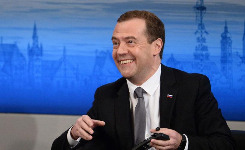 Дмитрий Медведев: токены нужно отрегулировать в государственных масштабах