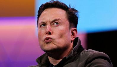 Coinbase помогала Tesla покупать биткоины